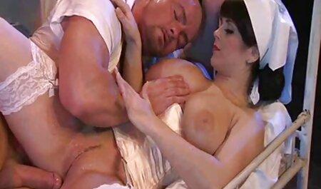 Tiffany fúj a bugyiját pornó film magyarul az arcán
