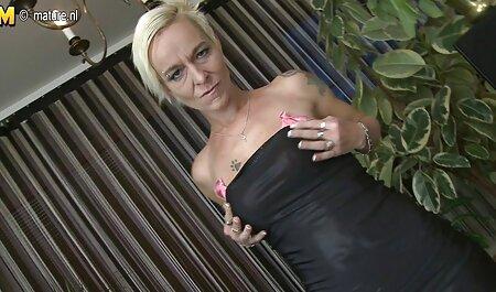 A lány porno videok ingyen szar két hatalmas kakas, valamint egy fenék az arcon.