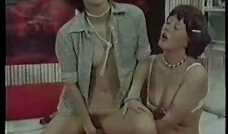 Asakura, egy forró japán diáklány ad a krasznai tunde porno szopás