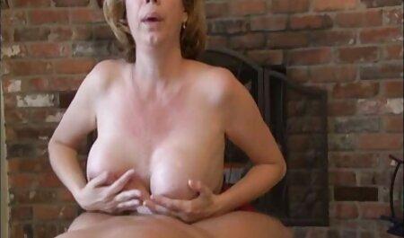 A 19 éves mostohalányom, Angel, egy ingyen porno video kurva.