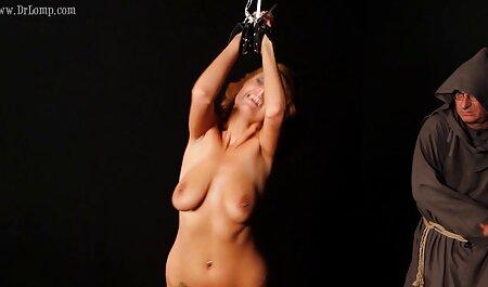 Duzzogó nagyi akarja krasznai tünde porn a forró cum az arcán.