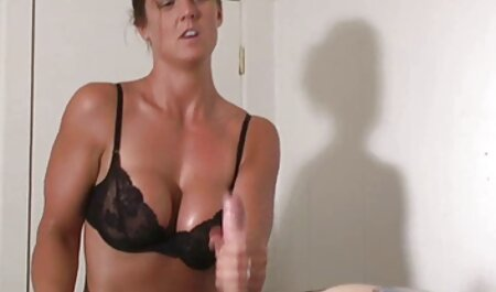 Kiara Mia szereti az anális online porno filmek