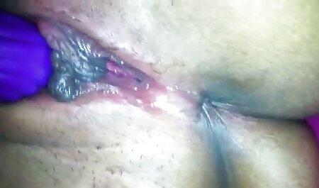 Szaftos, szaftos érinti a punci, azyza porn valamint a seggét