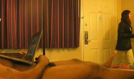 A szőke szar, ingyen pornó filmek hogy spriccel a sperma a vibrátor.