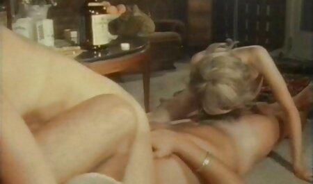 A női nővér néger baszás játszik a betegeivel.