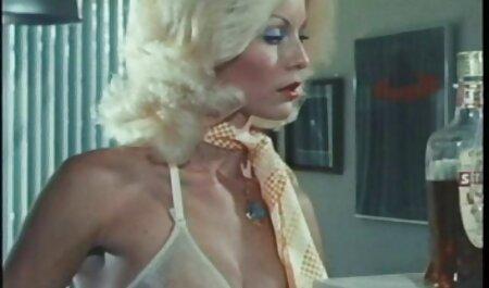 Luxus feleségek szórakozás ingyen letölthető sexfilm otthon